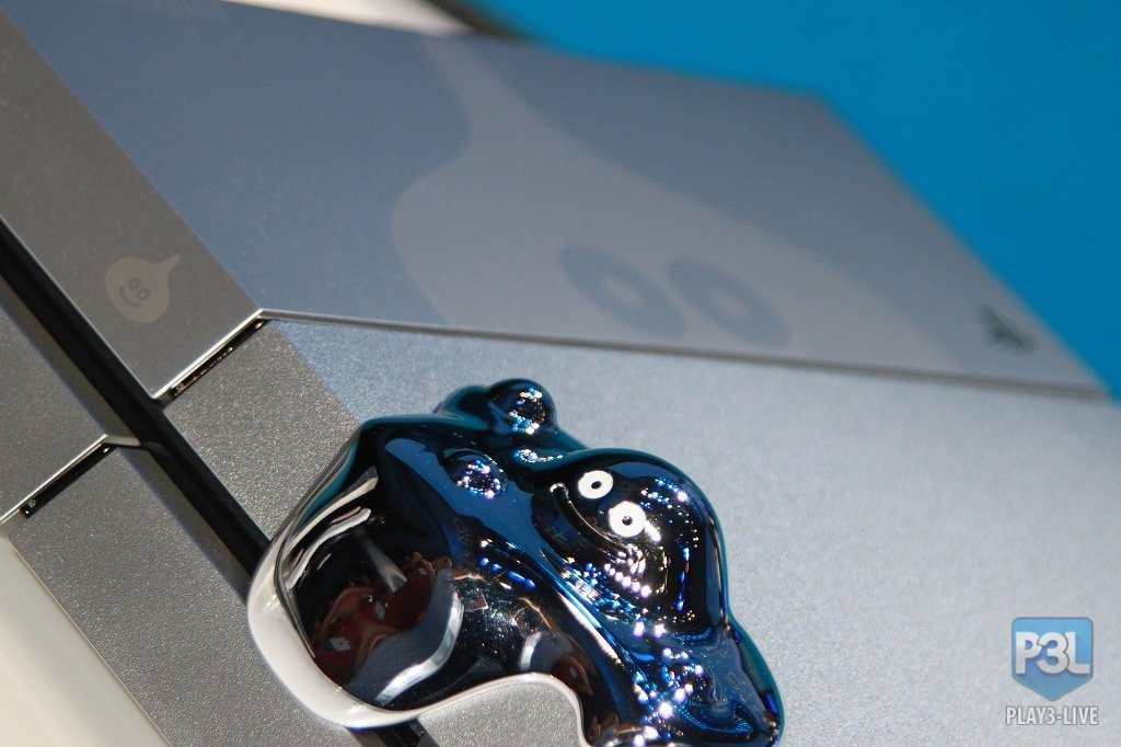 PS4 limited edition ! Dragon Quest Metal Slime